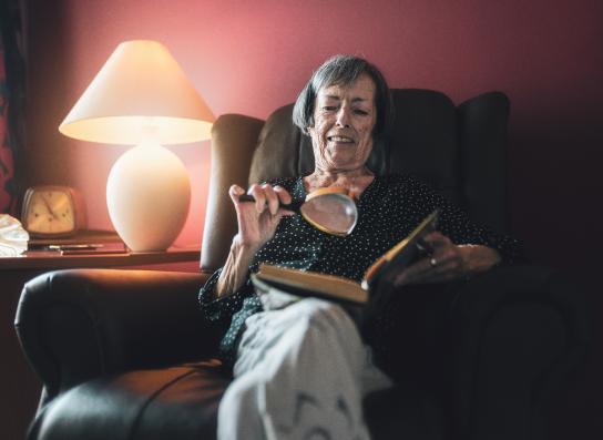 María Rosa, usuaria del programa «Siempre acompañados» de la Fundación 'la Caixa'. / © Fundación 'la Caixa'